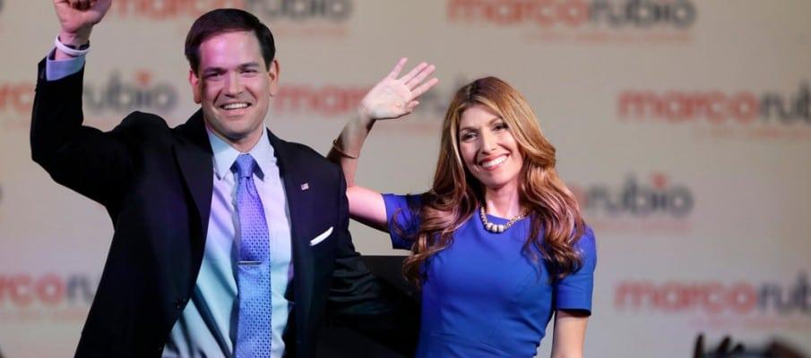 El senador Marco Rubio y su mujer Jeanette Dousdebes
