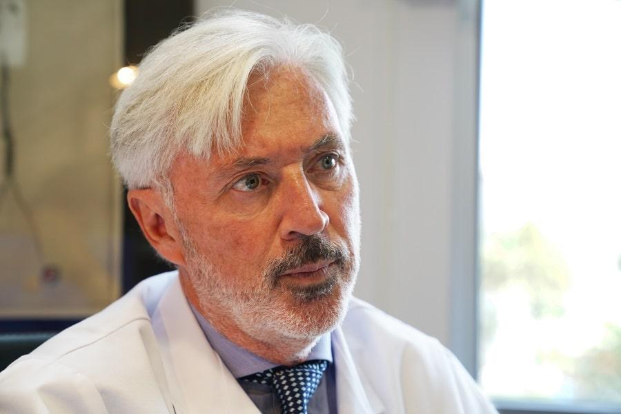 Dr. Antonio de Lacy y las Redes Sociales