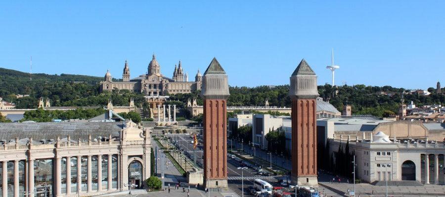 Plaza España de Barcelona. Turismo sanitario.