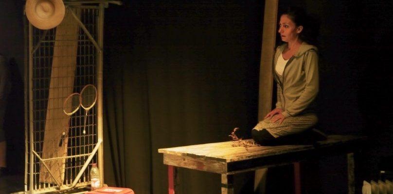 Obra de teatro Salvatges, protagonizada por Isabelle Bres