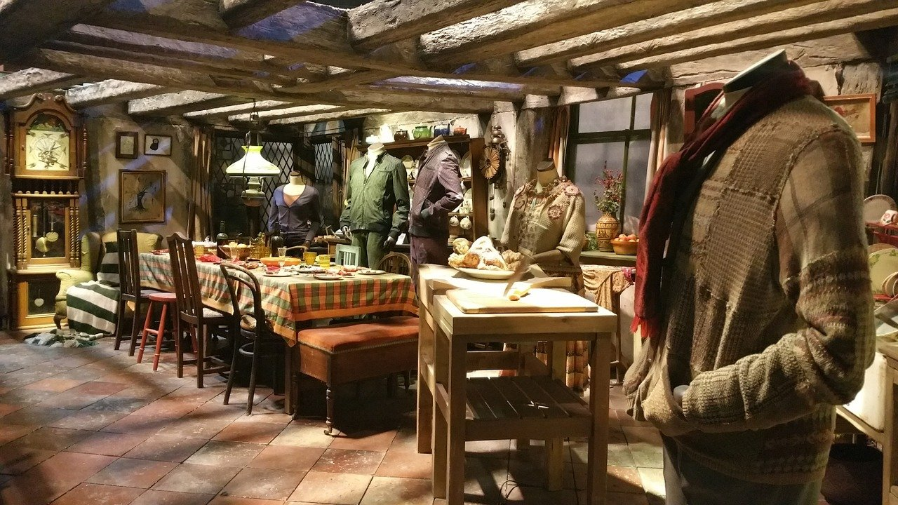 Foto de ropa y muebles de Harry Potter